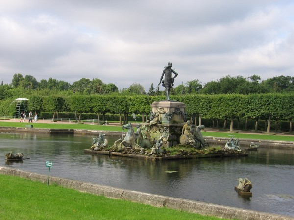 Neptun Fountain in Peterhof