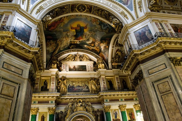 The interior of Saint Isaac's Cathedral in Sankt Petersburg